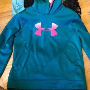 New Under Armor sweatshirt